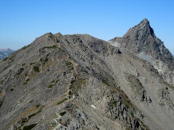 27_中岳山頂から、大喰岳・槍ヶ岳.jpg