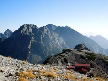 32_北穂高岳&南岳山荘.jpg